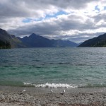 Lake Wakatipu mit Stadtstrand in Queenstown